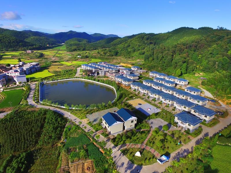 """休闲郴州""""旅游品牌,推进郴州市乡村生态休闲旅游大发展,努力提升郴州"""